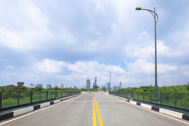 Cận cảnh con đường dát kim cương với chi phí 1.000 tỷ đồng/km ở Khu đô thị mới Thủ Thiêm - Ảnh 18.