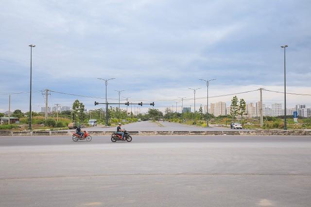 Cận cảnh con đường dát kim cương với chi phí 1.000 tỷ đồng/km ở Khu đô thị mới Thủ Thiêm - Ảnh 7.