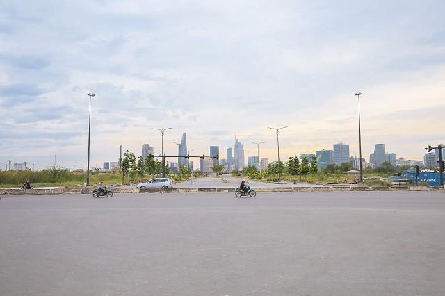 Cận cảnh con đường dát kim cương với chi phí 1.000 tỷ đồng/km ở Khu đô thị mới Thủ Thiêm - Ảnh 8.
