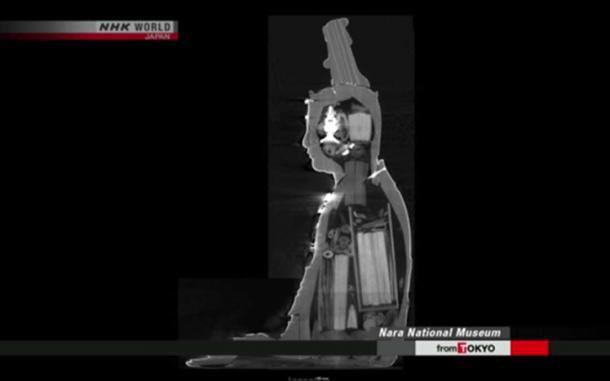 Phát hiện kho báu trong tượng Phật cổ ở Nhật Bản - Ảnh 2.