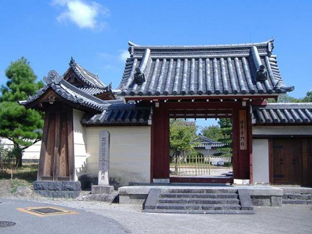 Phát hiện kho báu trong tượng Phật cổ ở Nhật Bản - Ảnh 3.
