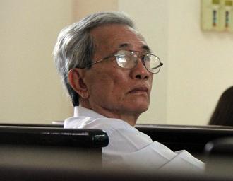 Hủy bản án phúc thẩm vụ dâm ô trẻ em ở Vũng Tàu, phạt ông Nguyễn Khắc Thủy 3 năm tù - Ảnh 2.