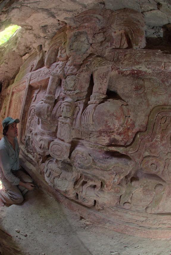 Vua Rắn - mảnh ghép bí ẩn bậc nhất của người Maya: Giới khảo cổ điên đầu giải mã - Ảnh 4.