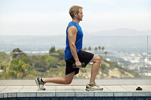 13 động tác thể dục giúp quý ông nâng cao khả năng yêu: Lứa tuổi nào cũng nên tập - Ảnh 8.