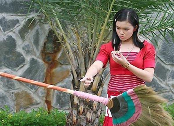 Đối thủ đình đám một thời của Angela Phương Trinh ngày càng gợi cảm - Ảnh 3.
