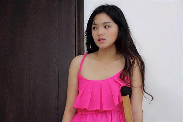 Đối thủ đình đám một thời của Angela Phương Trinh ngày càng gợi cảm - Ảnh 4.