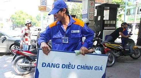 Bộ Tài chính quyết tăng thuế môi trường với xăng dầu lên kịch khung  - Ảnh 1.