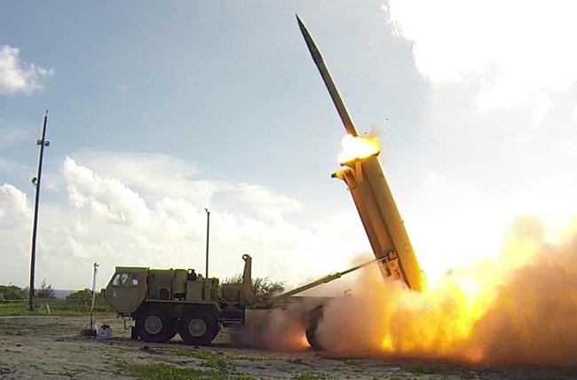 Chìa cành ô liu, Mỹ vẫn thủ chiêu đánh phủ đầu Triều Tiên - Ảnh 1.
