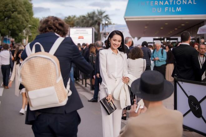 Chỉ sắm phiên bản bình dân của Hermes, Nhã Phương đúng là sao nữ ít mê đồ hiệu nhất showbiz Việt - Ảnh 2.