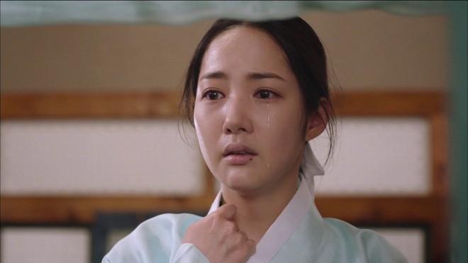 Phận đời bi đát của vương hậu xứ Hàn: Tại vị vỏn vẹn 7 ngày, bị cuốn vào vòng xoáy vương quyền, mất cha và chết đơn độc nơi lưu đày - Ảnh 3.
