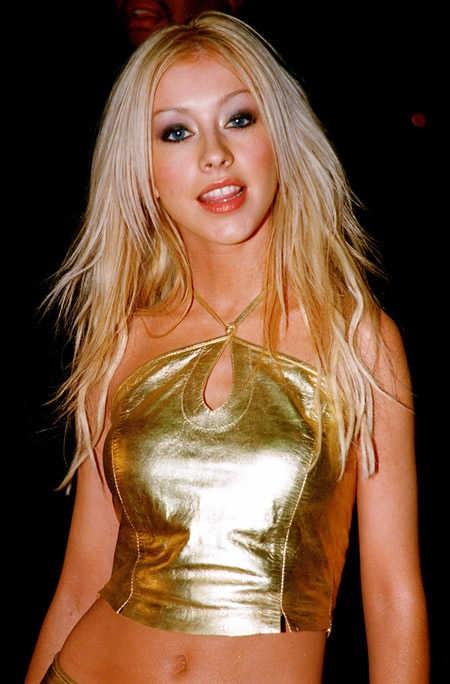 Christina Aguilera: Ám ảnh bị bố ruột bạo hành và gương mặt biến dạng vì nghiện thẩm mỹ - Ảnh 1.
