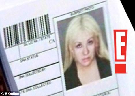 Christina Aguilera: Ám ảnh bị bố ruột bạo hành và gương mặt biến dạng vì nghiện thẩm mỹ - Ảnh 5.
