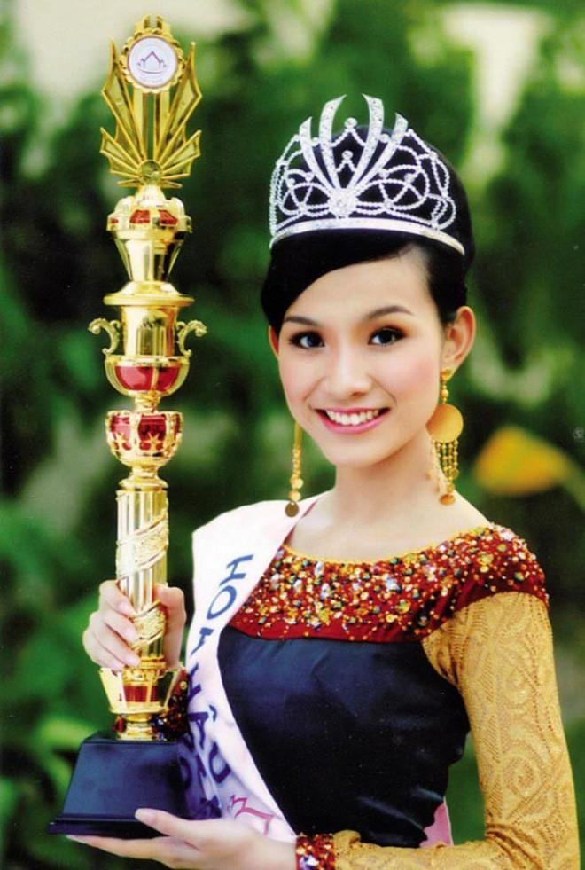 Nhan sắc và cuộc sống kín tiếng của Hoa hậu Hoàn vũ Việt Nam đầu tiên sau 10 năm đăng quang - Ảnh 1.