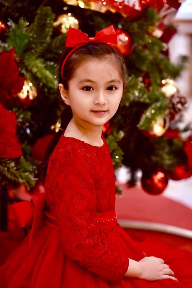 Bố khoe ảnh chụp chân dung, nhưng ảnh hậu trường của con gái 9 tuổi mới là điều gây chú ý - Ảnh 10.