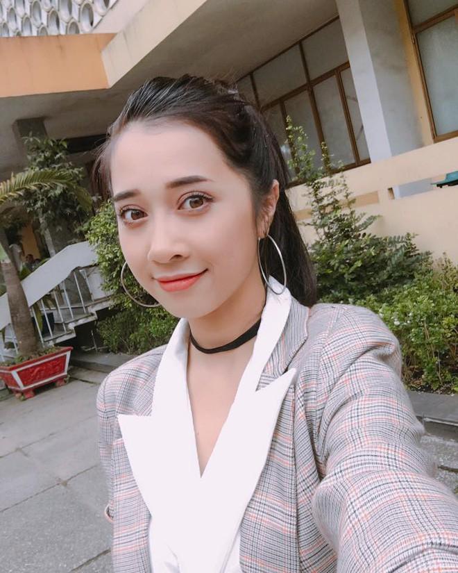 4 cô em gái nhà sao Việt: Người trẻ trung, người lại táo bạo với gu ăn mặc đốt mắt người nhìn - Ảnh 13.