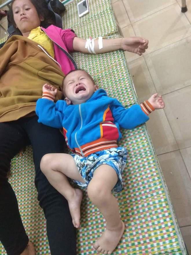 Ngồi trong nhà, 4 người ở Nghệ An bị sét đánh ngất xỉu - Ảnh 3.