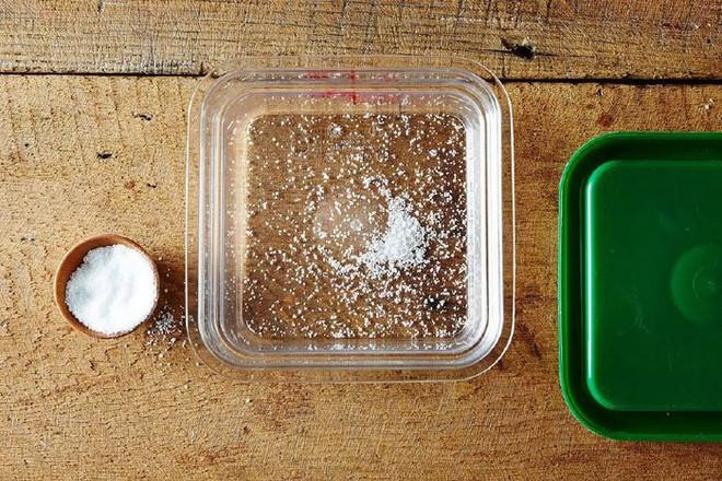 Mách bạn 9 mẹo nhỏ khử mùi hôi siêu nhanh cho hộp nhựa có thể bạn chưa biết - Ảnh 5.