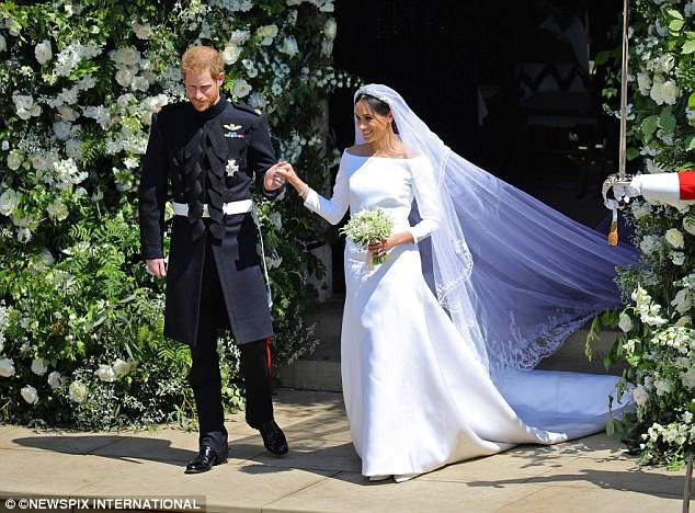 Đây là cảm nghĩ của Victoria Beckham về nhan sắc Công nương Meghan trong đám cưới Hoàng gia - Ảnh 3.