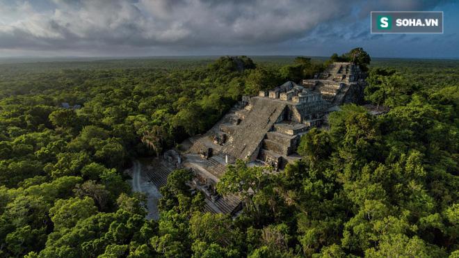 Đột nhập lăng mộ cổ của người Maya, phát hiện con mắt kỳ dị chưa từng thấy! - Ảnh 2.