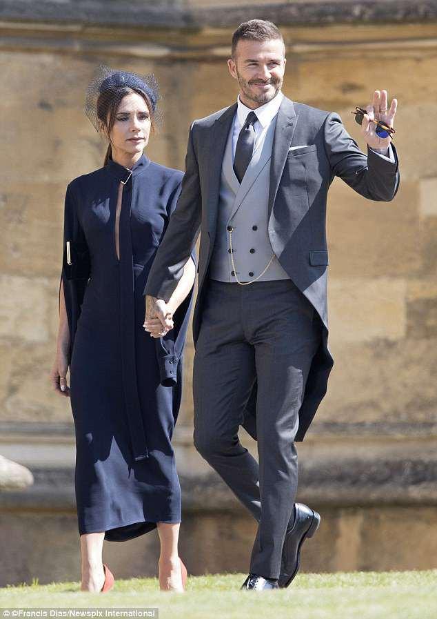 Victoria cau có suốt hôn lễ Hoàng tử Harry là vì Beckham tiệc tùng chè chén với người đẹp khác? - Ảnh 1.