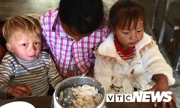 Vùng đất trẻ em có hai của quý ở Hà Giang: Hé lộ nguyên nhân những đứa trẻ bị giời hành - Ảnh 1.