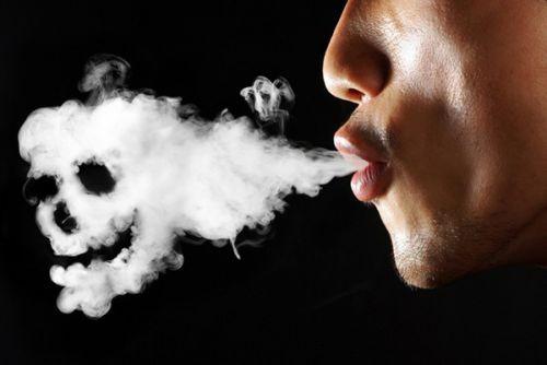 Bất lực vì... thuốc lá - Ảnh 1.