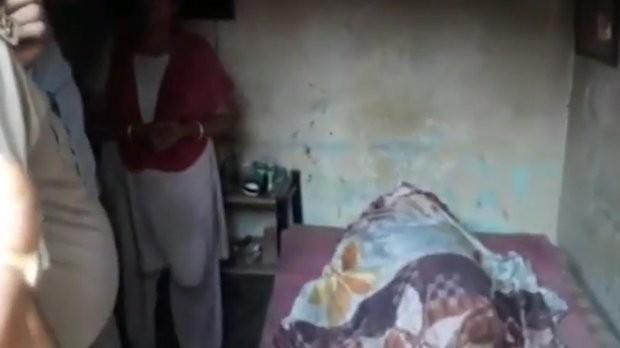 6 người con giấu xác mẹ trong nhà suốt 5 tháng vì lý do gây phẫn nộ - Ảnh 1.
