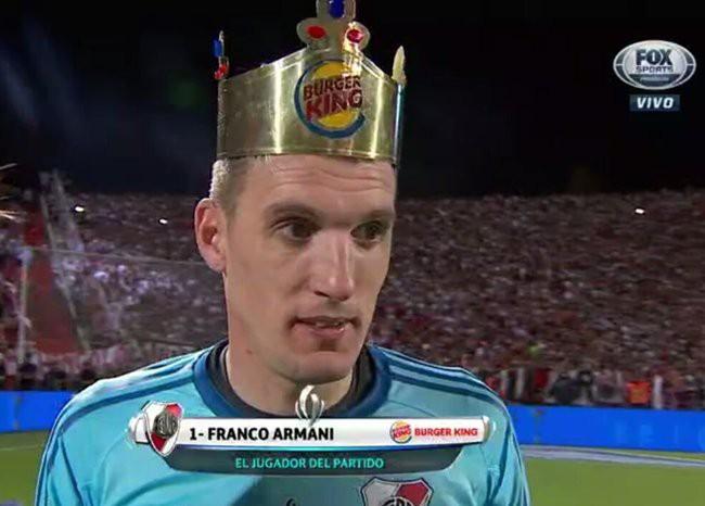Thảm họa Karius và cơn ác mộng lớn nhất cuộc đời Messi - Ảnh 3.