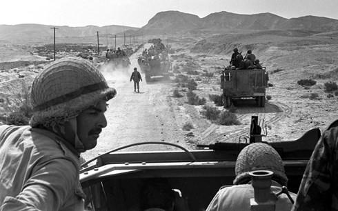 Hành trình siêu điệp viên Israel xâm nhập giới chóp bu nhà nước Syria - Ảnh 1.