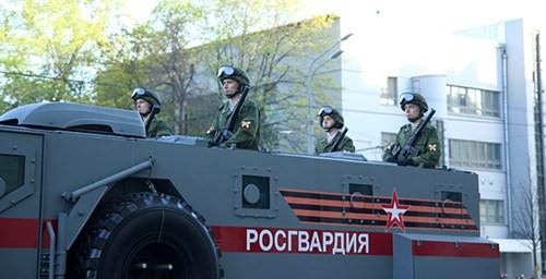 Lực lượng vũ trang Nga diễn tập chuẩn bị cho duyệt binh Ngày Chiến thắng 2018 - Ảnh 18.