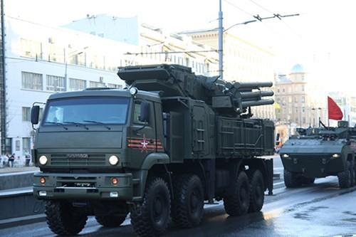 Lực lượng vũ trang Nga diễn tập chuẩn bị cho duyệt binh Ngày Chiến thắng 2018 - Ảnh 12.