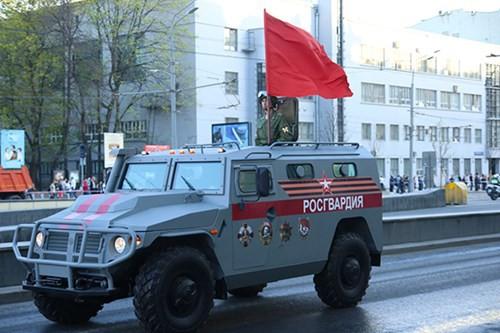 Lực lượng vũ trang Nga diễn tập chuẩn bị cho duyệt binh Ngày Chiến thắng 2018 - Ảnh 19.