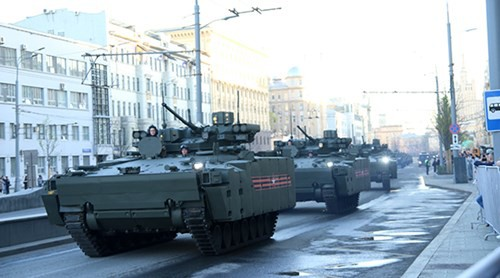 Lực lượng vũ trang Nga diễn tập chuẩn bị cho duyệt binh Ngày Chiến thắng 2018 - Ảnh 3.