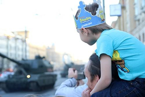 Lực lượng vũ trang Nga diễn tập chuẩn bị cho duyệt binh Ngày Chiến thắng 2018 - Ảnh 26.