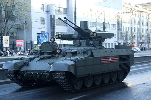 Lực lượng vũ trang Nga diễn tập chuẩn bị cho duyệt binh Ngày Chiến thắng 2018 - Ảnh 17.