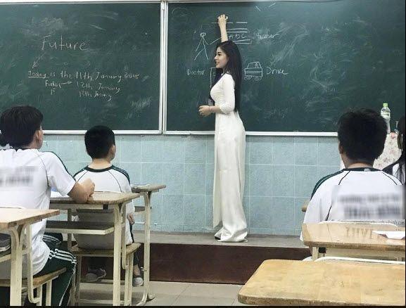 Trang Thái Lan đưa tin về cô giáo Việt sexy thành thạo 3 ngoại ngữ, chơi 4 nhạc cụ - Ảnh 2.