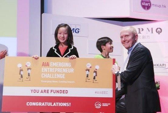 Bé gái 12 tuổi điều hành doanh nghiệp, giúp trẻ em trên thế giới học ngôn ngữ dễ dàng - Ảnh 2.