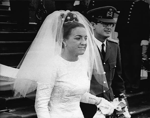 """Gạt bỏ tất cả sau lưng, đây là những vị công chúa sẵn sàng """"hết mình vì tình yêu"""" để cưới thường dân - Ảnh 1."""
