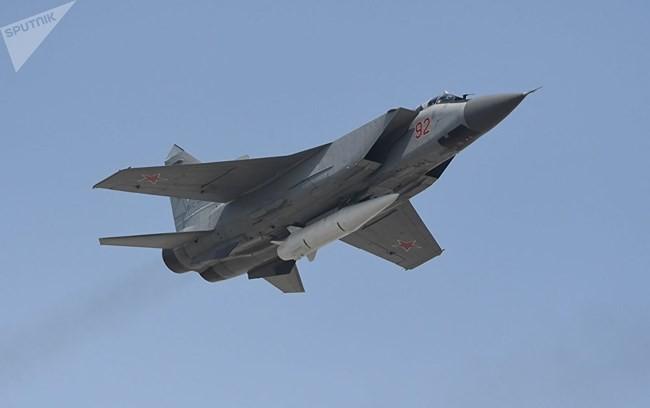 Tên lửa đạn đạo Kh-47M2 Kinzhal sẽ khai tử Dự án 3M22 Zircon của Nga? - Ảnh 1.
