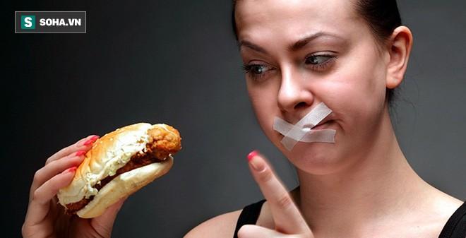 Cơ thể chúng ta có thể cầm cự được bao lâu nếu nhịn ăn hoàn toàn? - Ảnh 2.