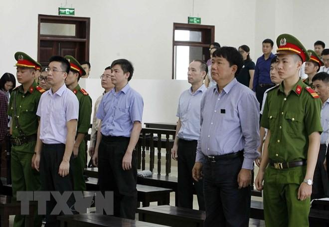 VKS đề nghị không chấp nhận kháng cáo, giữ nguyên bản án sơ thẩm với ông Đinh La Thăng - Ảnh 1.