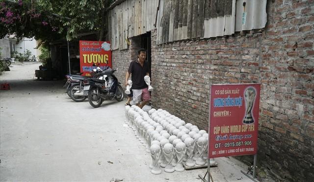 Hà Nội: Loạt dịch vụ sẽ hốt bạc nhờ World Cup 2018 - Ảnh 1.