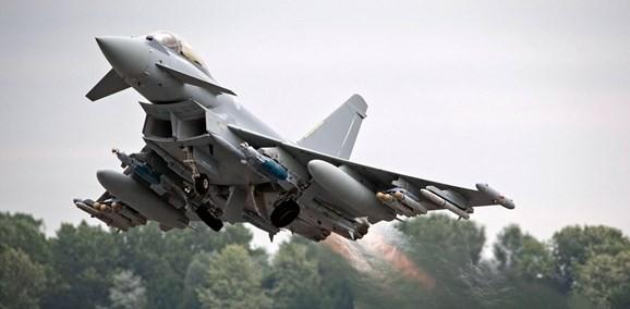 Châu âu tham gia cuộc đua phát triển máy bay chiến đấu tương lai - Ảnh 2.