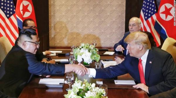 Ông Trump họp báo sau thượng đỉnh: Mỹ không chịu chi phí phi hạt nhân hóa cho Triều Tiên - Ảnh 1.
