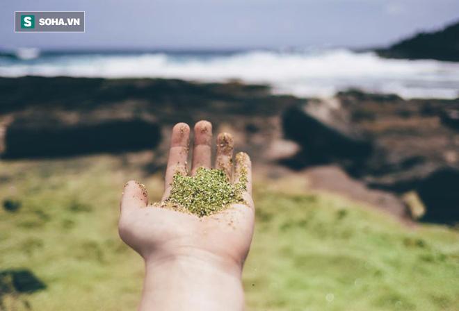 """Nuốt chửng hồ lớn, tàn phá đảo Hawaii xong, núi lửa Kilauea lại phun mưa"""" đá quý - Ảnh 4."""