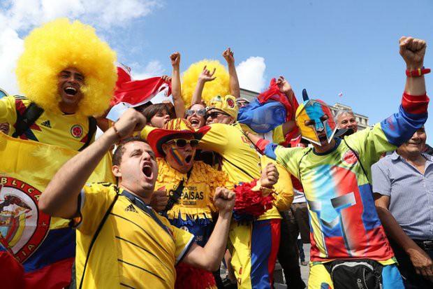 Tất cả đã sẵn sàng đón giờ G World Cup, CĐV tràn ngập Moscow cổ vũ đội tuyển - Ảnh 2.