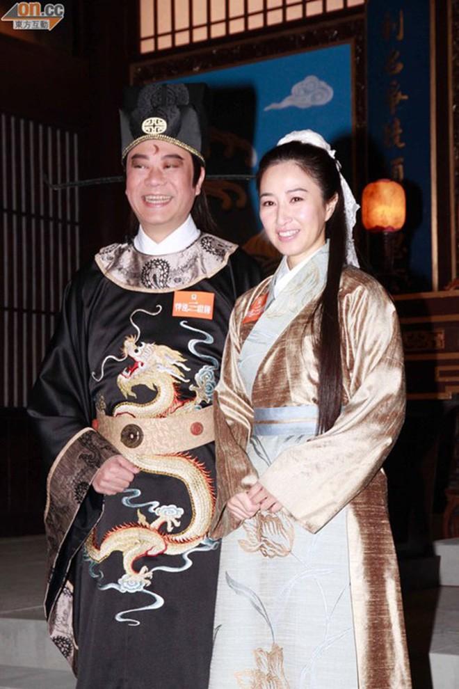 """Những """"cặp đôi vàng"""" của TVB: Không thành đôi ngoài đời thực vẫn thừa sức đi vào huyền thoại trong lòng """"mọt"""" phim  - Ảnh 6."""