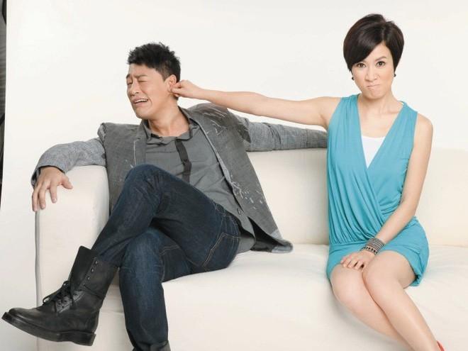 """Những """"cặp đôi vàng"""" của TVB: Không thành đôi ngoài đời thực vẫn thừa sức đi vào huyền thoại trong lòng """"mọt"""" phim  - Ảnh 8."""