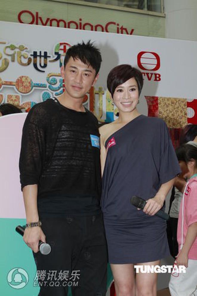 """Những """"cặp đôi vàng"""" của TVB: Không thành đôi ngoài đời thực vẫn thừa sức đi vào huyền thoại trong lòng """"mọt"""" phim  - Ảnh 9."""