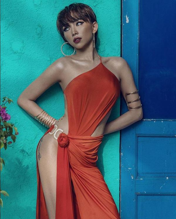 Tóc Tiên khoe thân hình nóng bỏng, đẹp từng centimet với bikini - Ảnh 6.